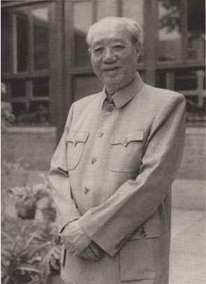 """""""中南海总管""""汪东兴:毛主席最信任的人之一,晚年升为正国级"""