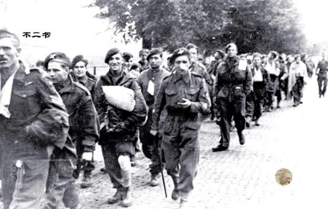 老照片:二战中最大规模的空降部队大作战 快速击垮德军成泡影