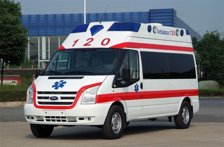 成都120救护车专门为四川成都各个医院接送病人转院出院