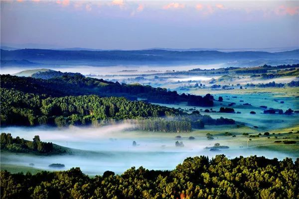 欣赏 ▏晨雾中的内蒙古似一幅水墨江山图