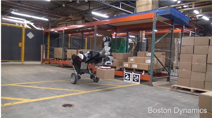 """2019年是腿式机器人的关键一年!网红机器人波士顿动力要来""""抢钱了"""""""
