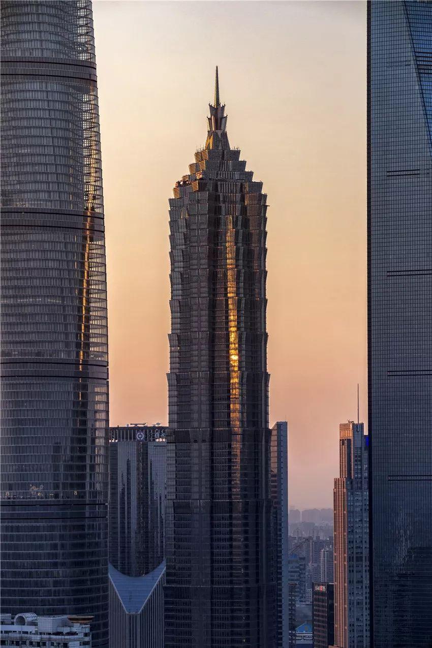 万国广场_惊叹!上海这些CBD,每一处将成为魔都的魅力名片!_摩天大厦