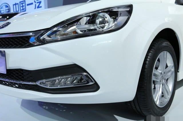 原厂新车只卖5.5万。看起来大众很酷,搭载丰田发动机和爱信6AT