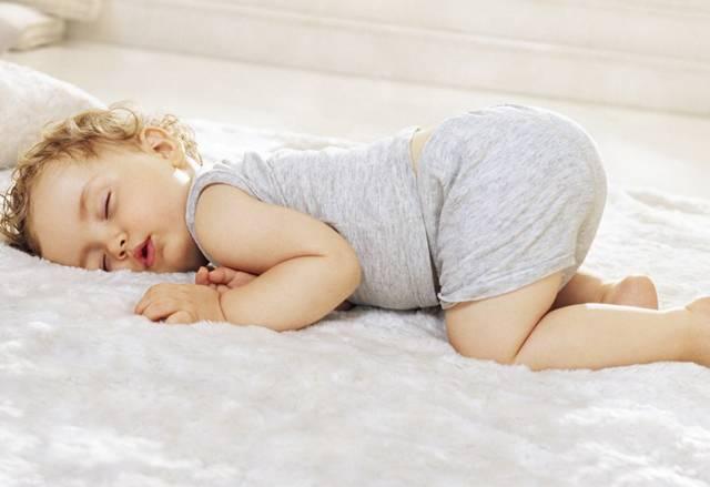 宝宝睡觉老打呼不是睡得香!这是病,得治!