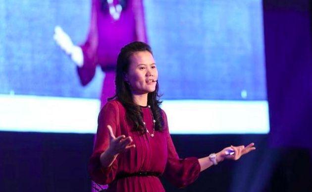 女版马云,从月薪500元到身价400亿:我要付出200%的努力,证明我的决定是正确的!