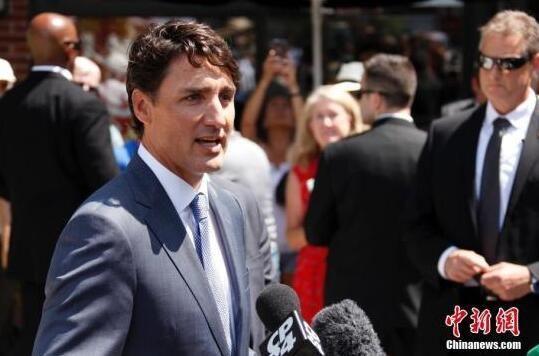 """加拿大政坛风波持续 特鲁多""""清理门户"""""""