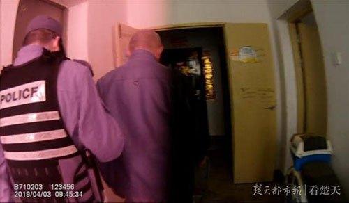 电梯被关老人猝死是什么原因?电梯被关老人猝死事件始末