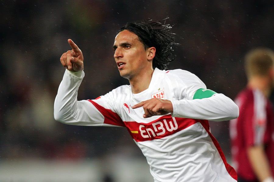穆里尼奥第一位成功塑造的球员,两度用关键进球把荷兰队送回家