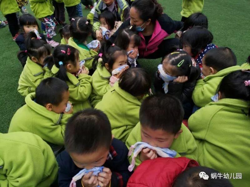 火灾逃生怎么办,幼儿园演习来帮忙 蜗牛幼儿园消防演习