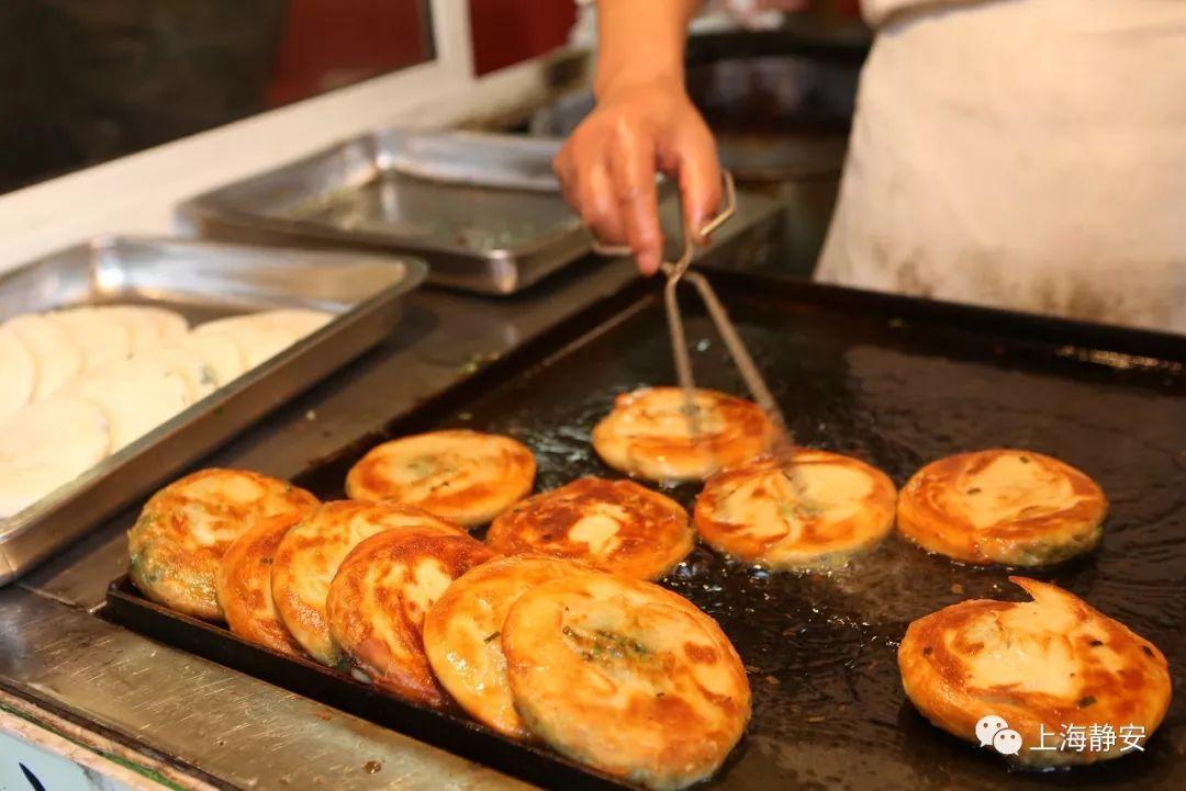 喷香!酥到心尖尖的正宗老上海葱油饼,这样做零难度,让你一吃惊艳!