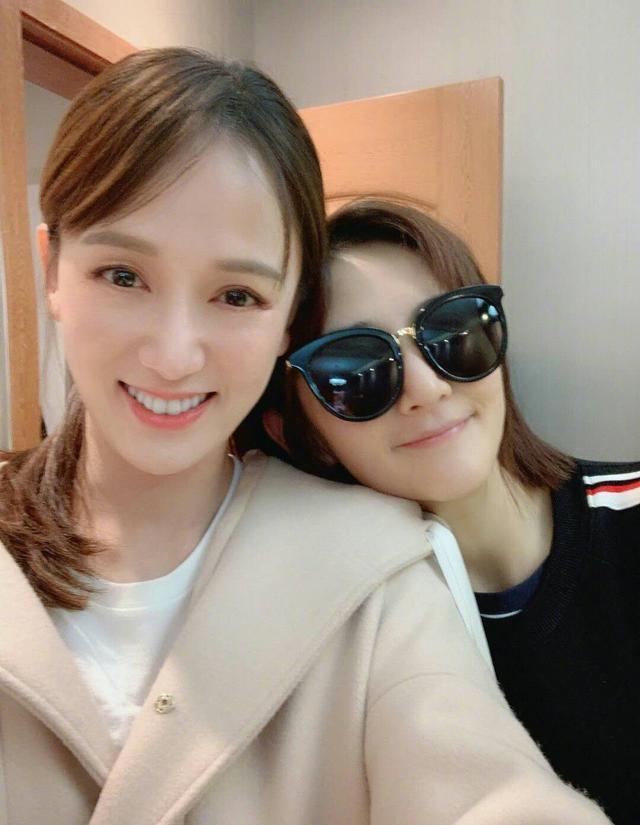 """谢娜为陈乔恩庆生 微博发文:""""生日快乐想你了"""""""