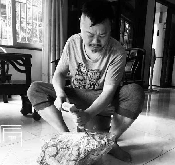 匠人百科|雕刻师吴志华:与世无争安琢石华,享受石雕的快乐