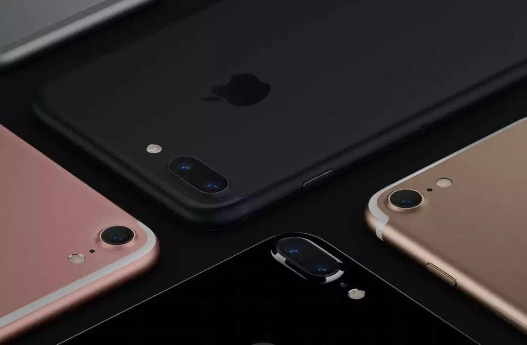 中国留学生用假iPhone换真机:坑了苹果几百万