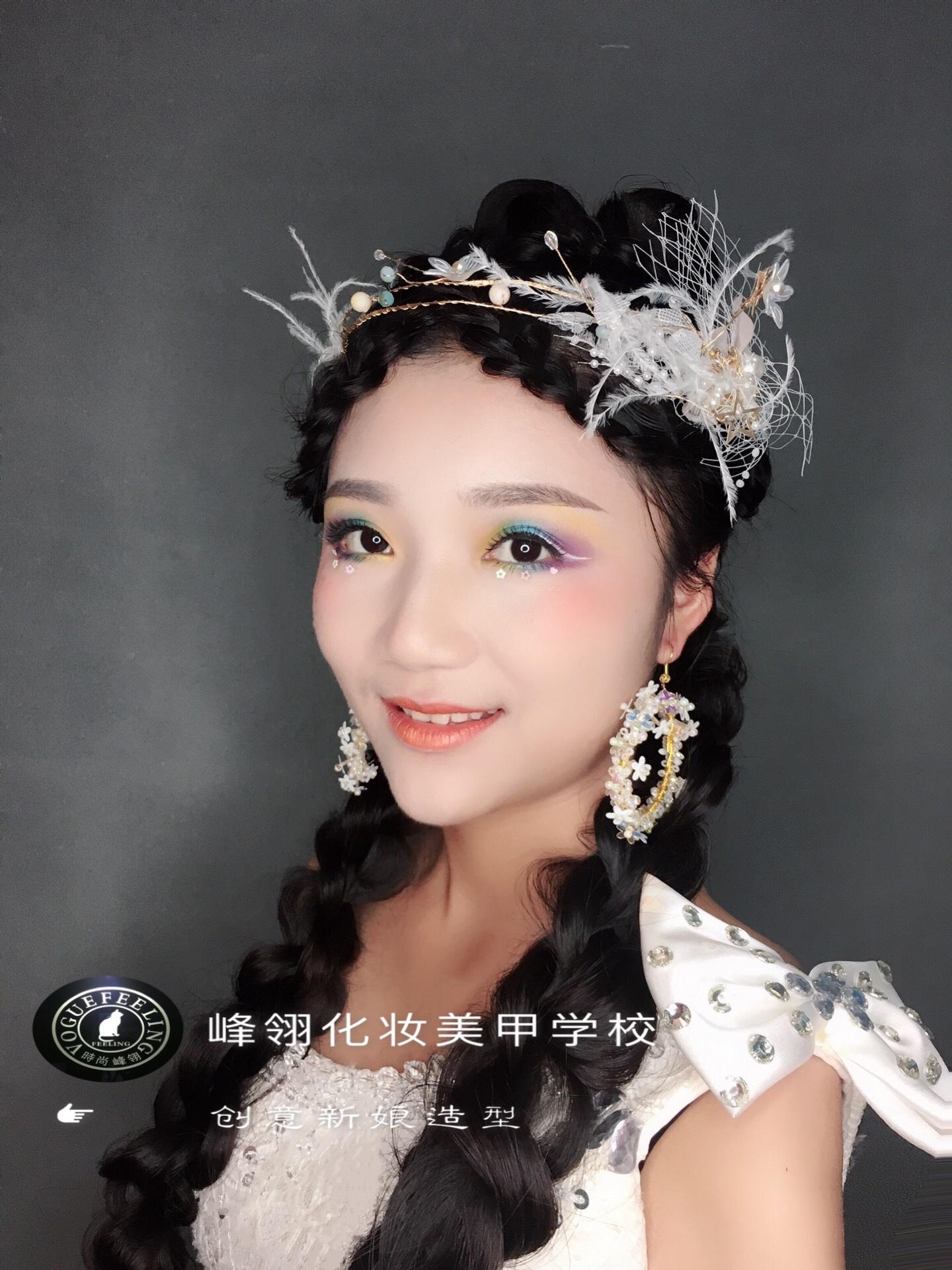 在重庆如何选择化妆学校!