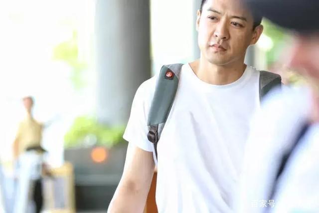 42岁前TVB小生计划带儿子到越南做探访