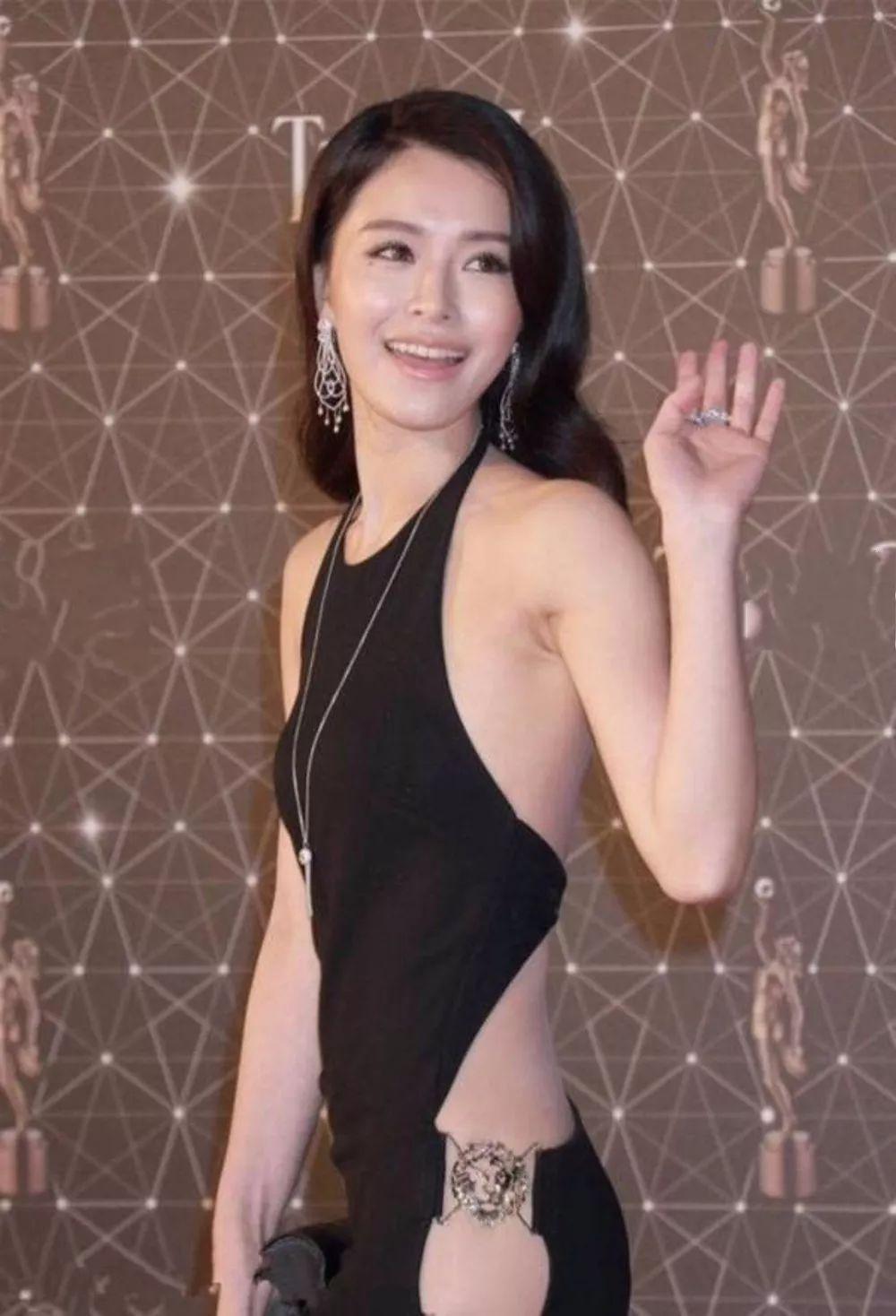 港媒曝文咏珊十月结婚,本人曾回应,网友:等官宣(图2)