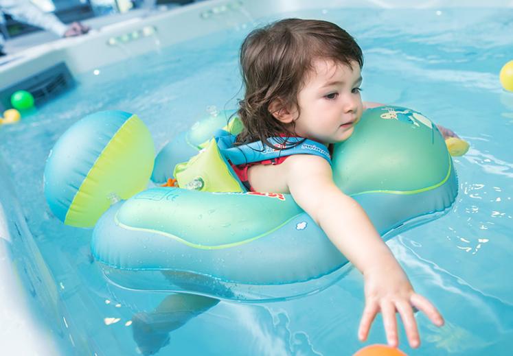 原創             久等了!為什麼嬰兒遊泳的水溫不能太高