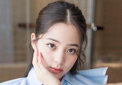 欧阳娜娜龙须刘海半扎公主头发型图片