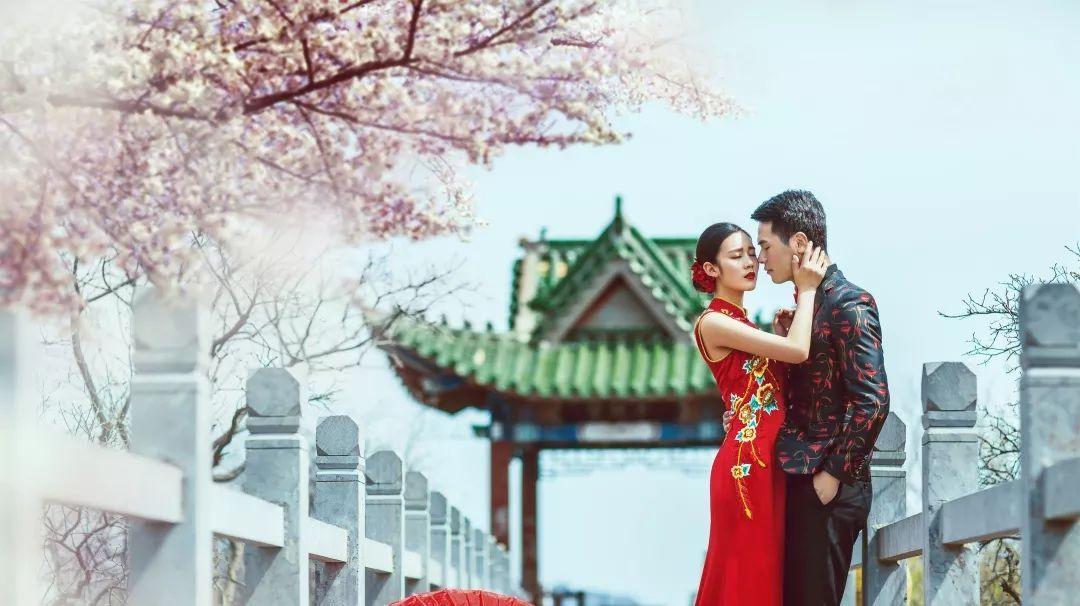 涿州婚纱摄影基地_涿州施华洛婚纱摄影