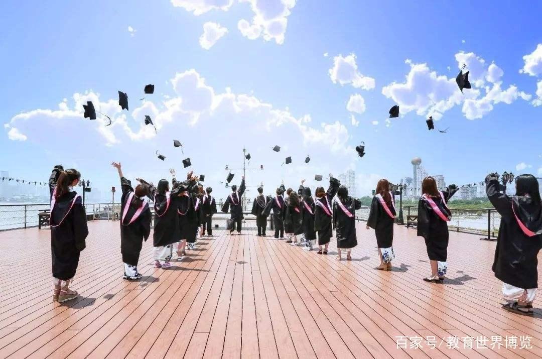 35所热门高校的分数排名,高考学生别盲目报考,应当重视专业