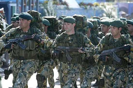 """""""拉黑""""伊朗军队,美为此人助选不计成本?"""