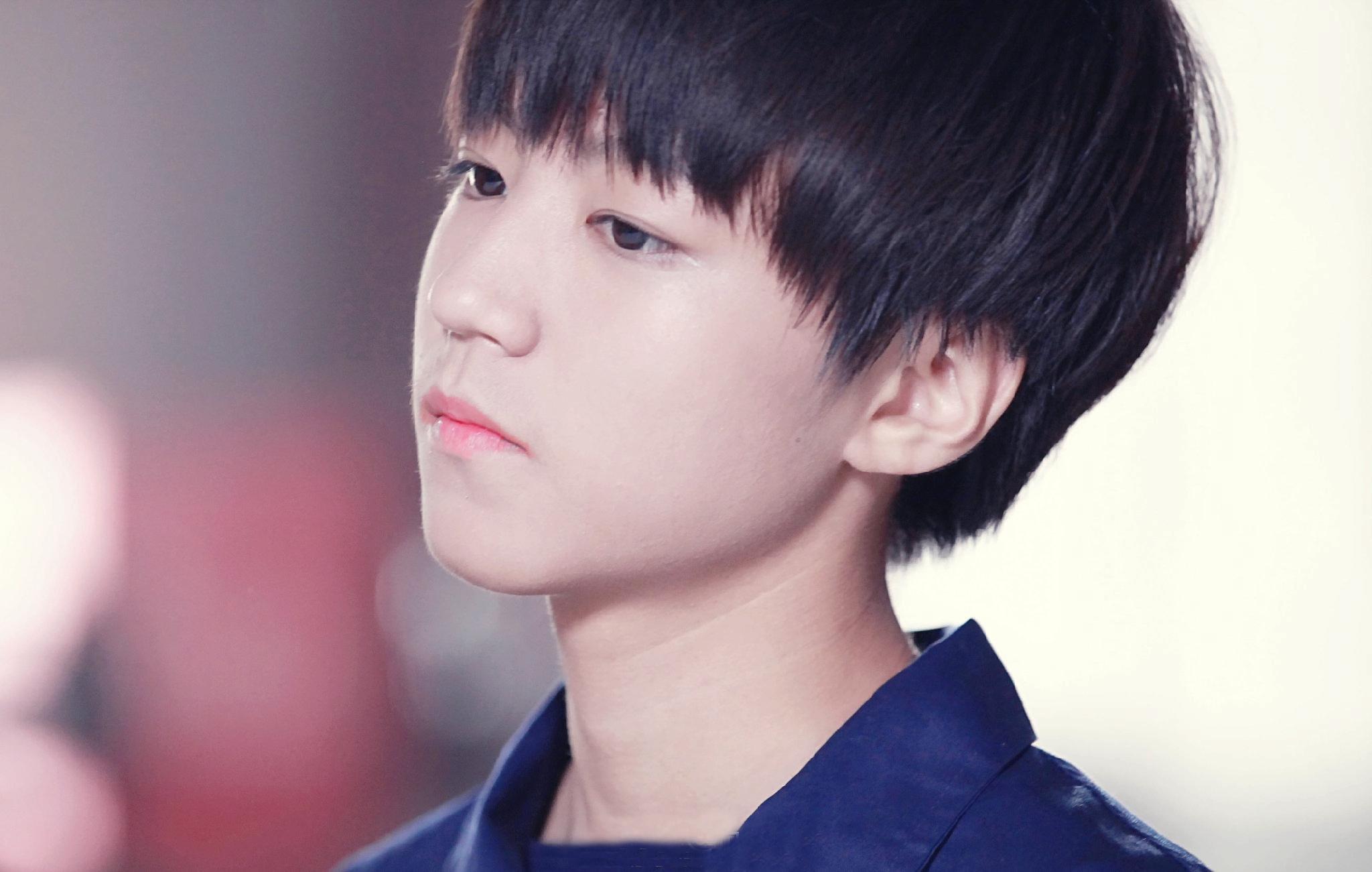 王俊凯最帅的照片_tfboys王俊凯最帅照 最新帅气写真曝光