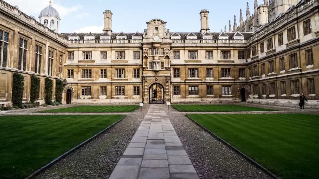 剑桥认可高考成绩,门槛比清华北大低?看看剑桥怎么回复