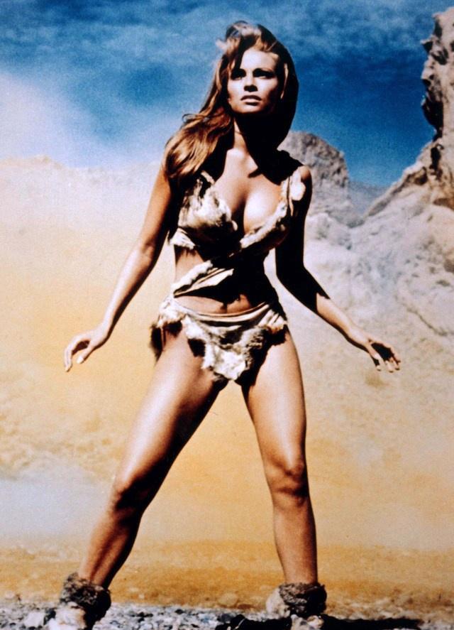 世界上最年轻的服饰类别比基尼70周年简述