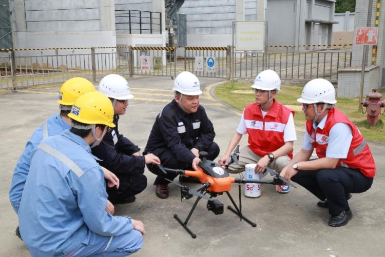 东莞在全国率先用上5G无人机巡检变电站,全过程无需人工干预!