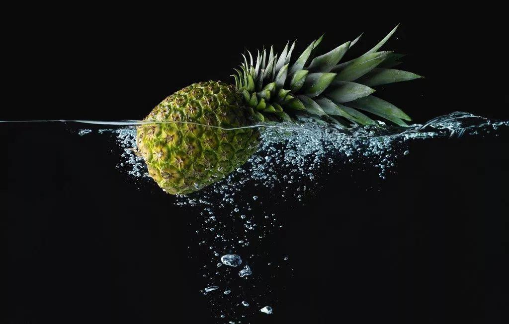 满大街卖菠萝,不被人知的秘密…