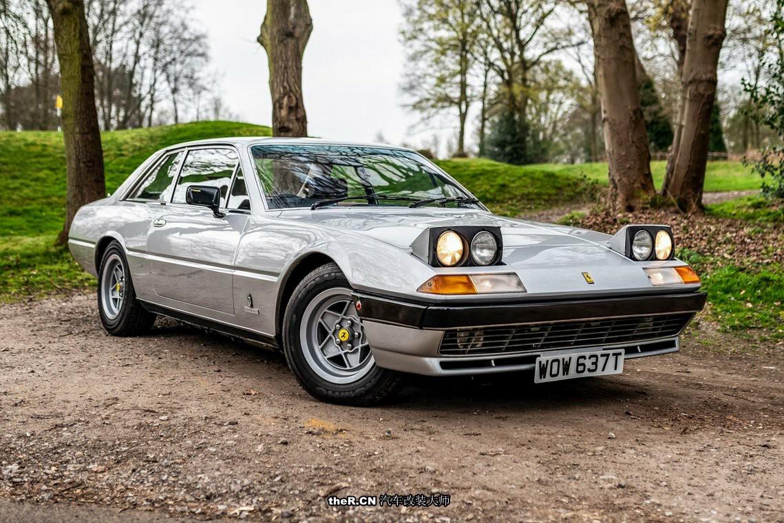 老车欣赏 法拉利大型旅行车400 GT 翻灯设计