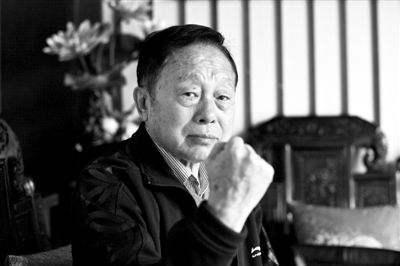 """黄一鹤因病去世享年85岁 被称为央视春晚""""开创者"""""""