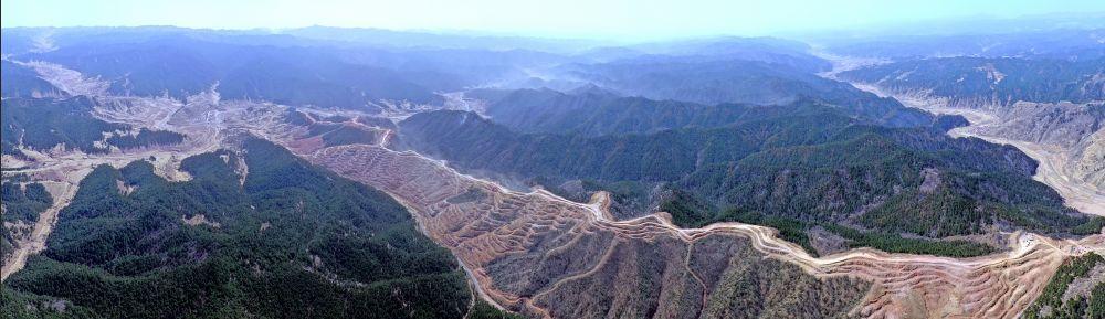 """沁源森林火灾过后:防火隔离带未来将成为一座""""水长城"""""""