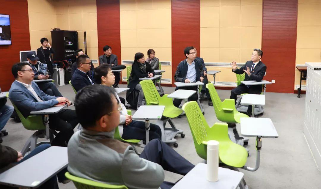 聚焦国际化教育|北京市政协联合调研组调研考察王府学校