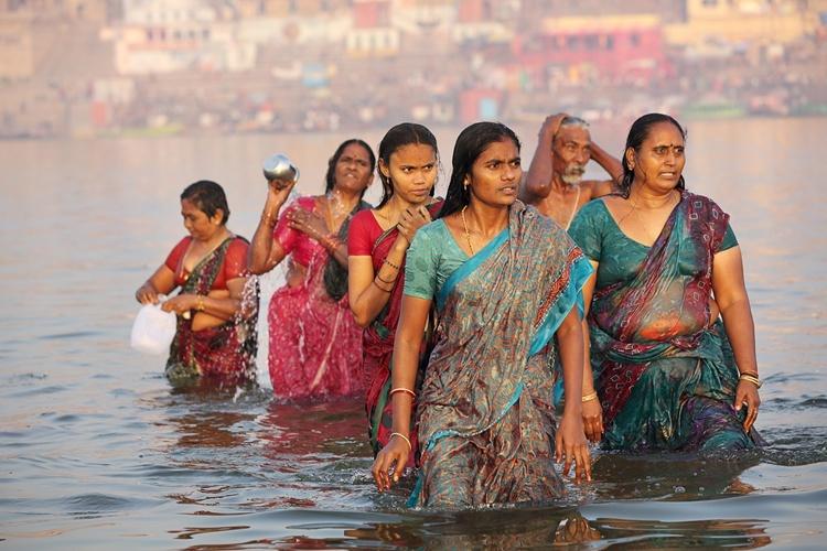 印度常被人吐槽的五大奇葩风俗,告诉你一个真实的印度,能接受吗?
