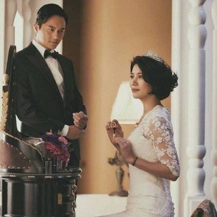 张智霖为爱妻写情书,网友表示:果然是神仙才会有的神仙爱情!