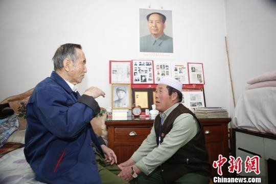 山西好人 马格青和他的红色展馆