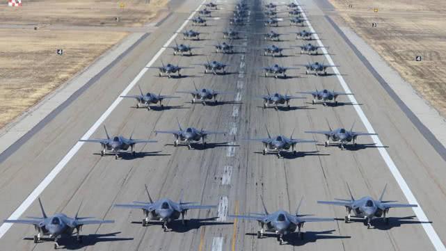 300架F35正加速部署我國周邊 殲20多少架才能應對_美軍