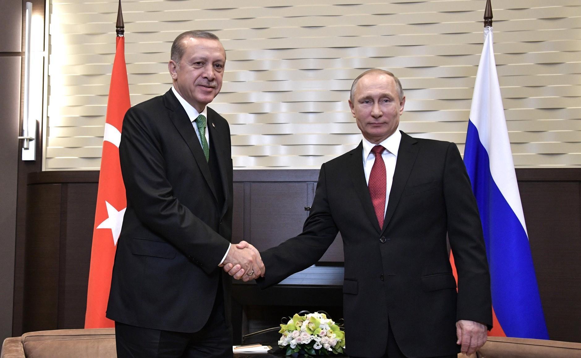 美國施壓土耳其要求放棄S-400,普京表示:還有更多武器!_防空