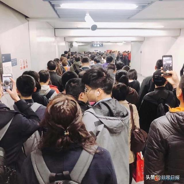 广州站西路是哪个区_中国最拥挤的地铁站排名,你体验过最挤的地铁站是哪个?_上海