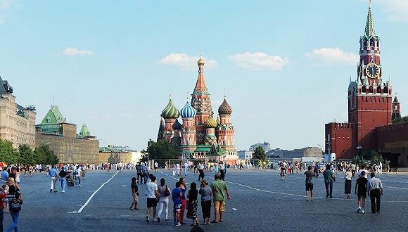 【千禧的憂傷①】環游世界的俄羅斯情侶,還是很想回家_Eugene