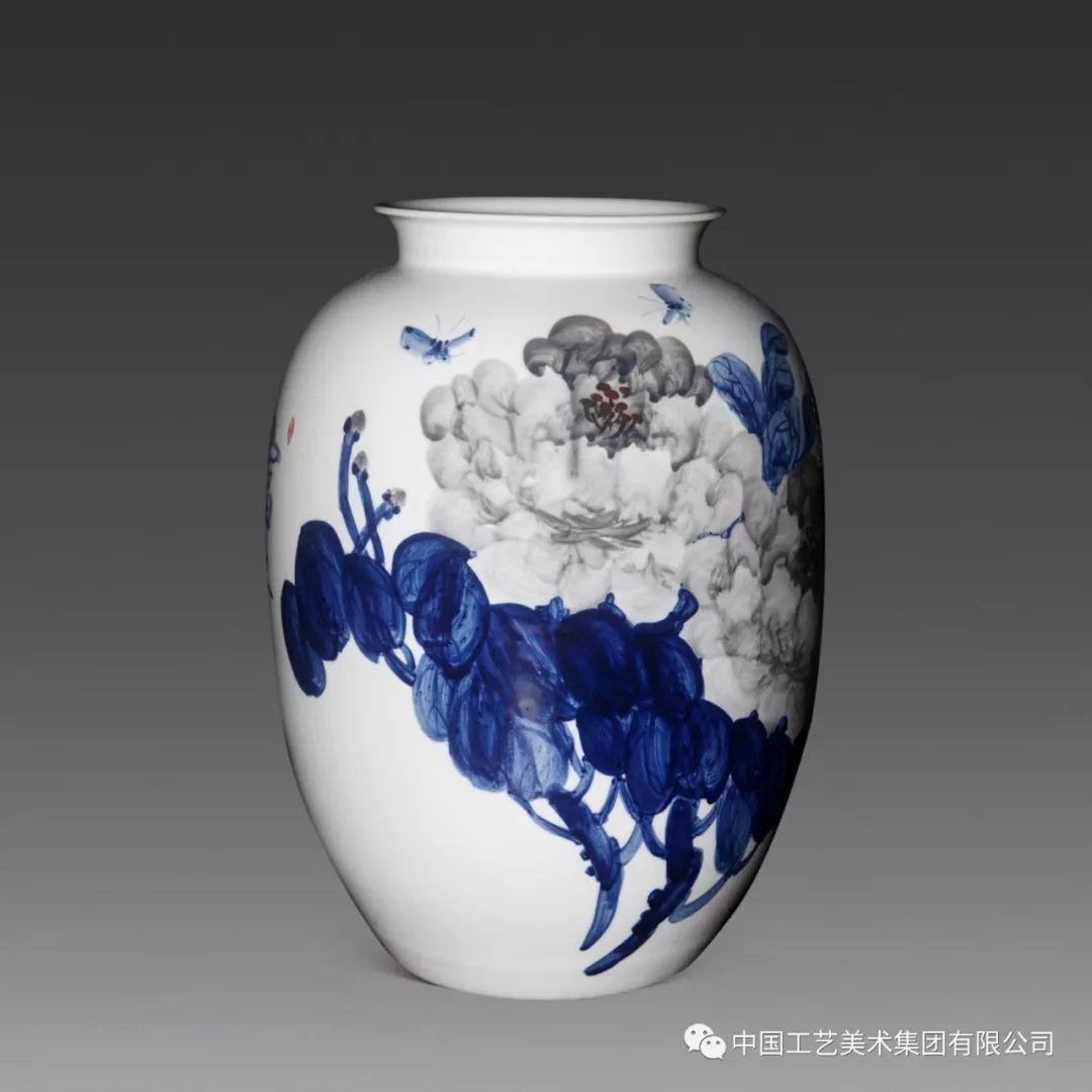 瓷宇轩昂 景德镇中青年陶瓷艺术精品暨新品茶器 文创首饰展 即将亮相中国工美 珍宝馆