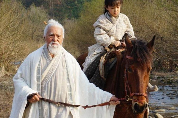 """《新倚天》中的""""张三丰"""",82岁老戏骨,敬业程度不输小年轻"""