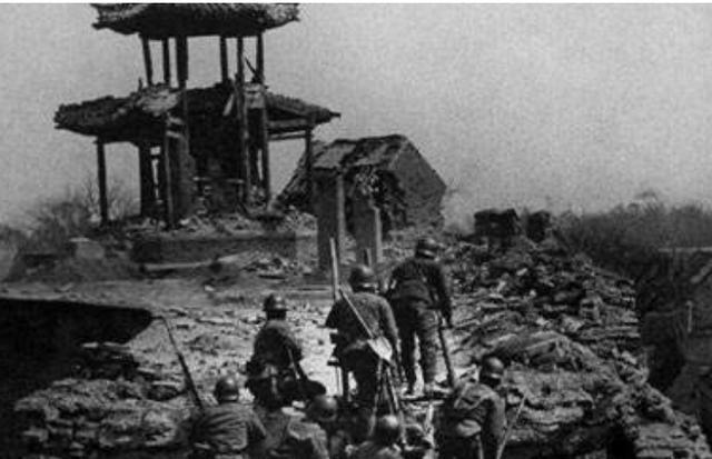 滕县保卫战,汤恩伯见死不救,致使王铭章在绝望中被日军杀死