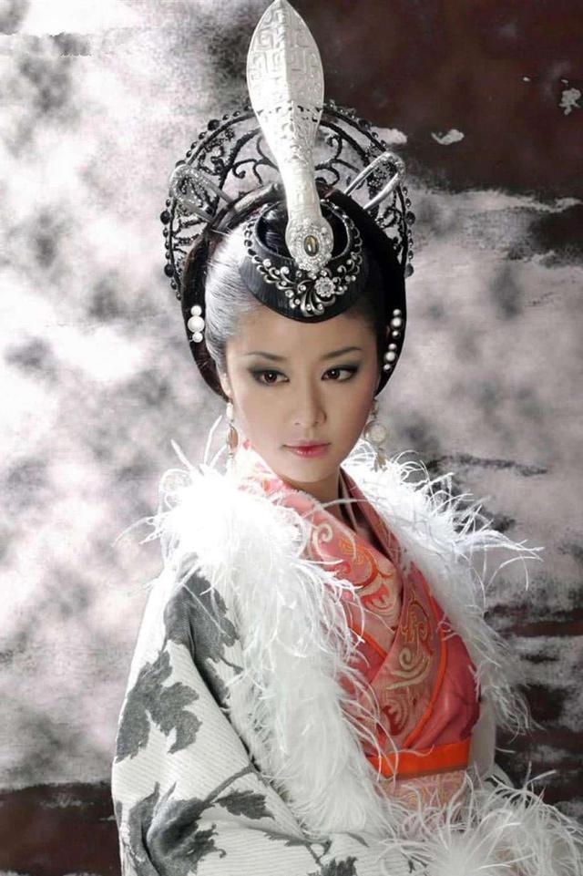 王丽坤挑战红颜祸水,哪版妲己最出彩
