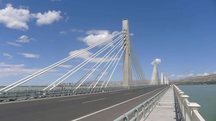 内蒙古至今没通高铁的3个城市,一个是乌海,一个跟辽宁接壤