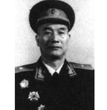 毛主席当年给这位开国少将写了五个字,40年后却救了少将一命