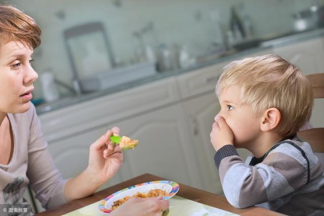 宝宝长期厌食,家长警惕这两个病,3个方法杜绝宝宝厌食