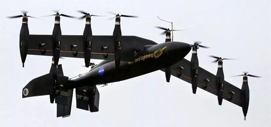 垂直起降的飞行汽车 未来出行新选择