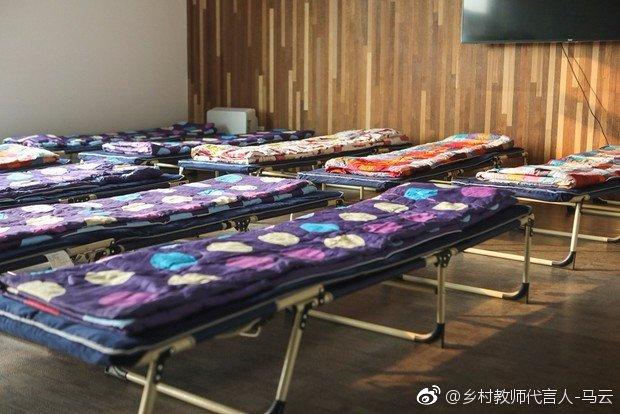 马云、刘强东谈996:不强制,但人要有拼搏精神